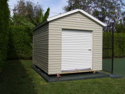 10x14 / Garage doors ( roll up )