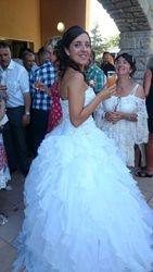 La mariée fait la star.