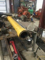 Large Hydraulic Cylinder Repair