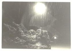Snowing in the cul de sac