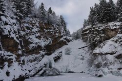 Cameron Falls winter