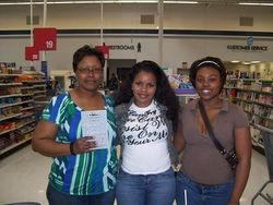 Savvy Member Torrice Patterson & niece Aleah with Author Jackie O