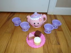 Fisher Price Laugh & Learn Say Please Tea Set - $15
