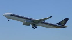 Singapore Airlines Airbus A330-300 9V-STH