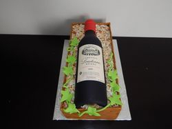 Wine bottle cake 2