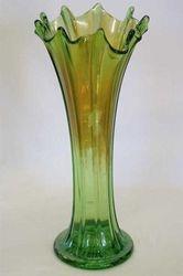 """Thin Rib 10"""" vase - green"""