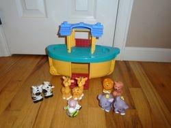 Fisher Price Little People Noah's Ark - $20