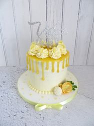 40th Birthday lemon drip cake