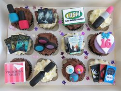 16th birthday personalised cupcakes