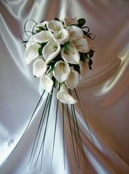 Teardrop Bouquet  #B4
