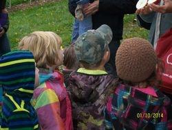 Les enfants attentifs.