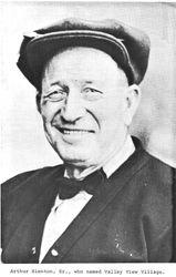 1919 Arthur Hienton, Sr.