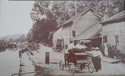 1898 Lock 37