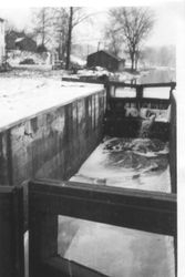 About 1936 Lock 37