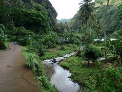 Valley hike in Fatu Hiva
