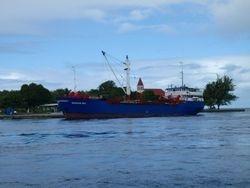 Rangiroa supply ship