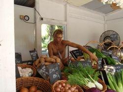 Rangiroa fruit and veg stand