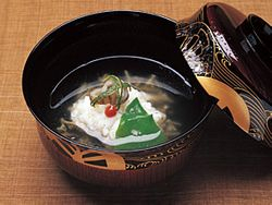 """The secret is again in the """"dashi"""""""