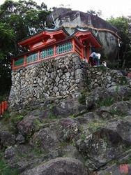 Kamikura Jinja Shrine - Lateral