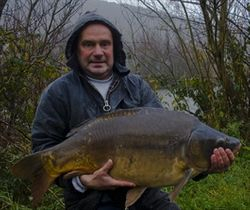Martin Mathews (Carmathen) 30lb 12oz Mirror