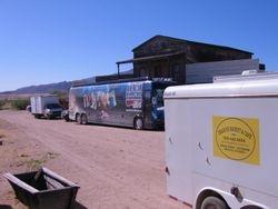 Dragoon Cafe & Kix Brooks' bus