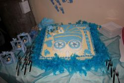 Pram- themed cake for babyshower