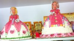 Doll cakes with buttericing and sweets