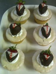 Bosses Day - Strawberry cupcakes