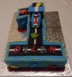 Nr 1 themed cake with cars