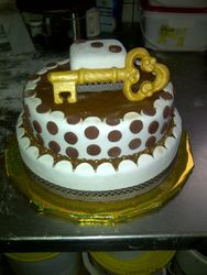 21st 2 tier cake Brown and white