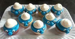 Piped Smurf cupcakes