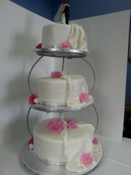 3Tier wedding cake with pink flowers