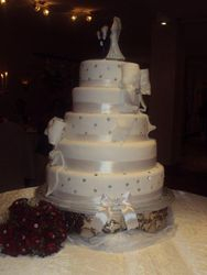 5tier Wedding cake white with Ribbons