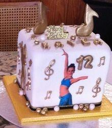 Dance and music noteTheme Cake