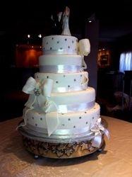 5tier Wedding cake with Diamantes