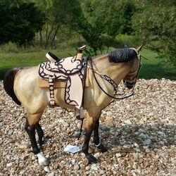 black and tan saddle set 7