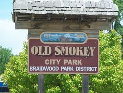 Old Smokey Welcome Sign