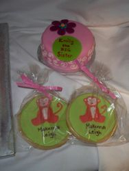 Big sister cake and cookies favors
