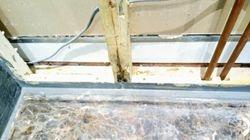 Gaps along the marble tray