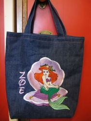 Ariel tas voorkant