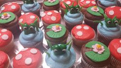 Frog Pond Cupcakes