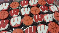 Badger Basketball Cupcakes