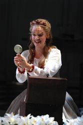 Mary Mills as Marguerite in Faust
