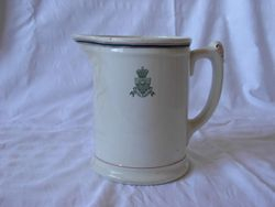 Hotel Russell Pitcher