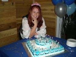 Taryn & her 18th b-day party cake