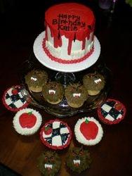 Twilight cake w/ cupcakes