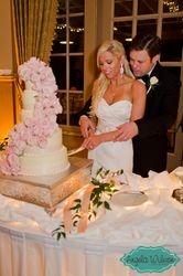 Brooke & Bryson's wedding cake