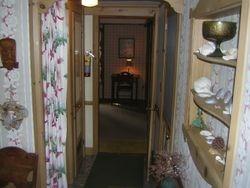 Liv Rm thru hallway - West