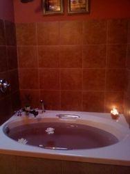 Romantic Spa Tub for Two