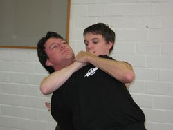 Kenneth chokes Johan